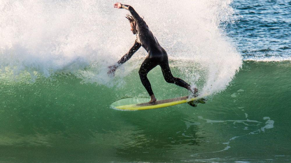 Elstar - high performance hybrid surfboard