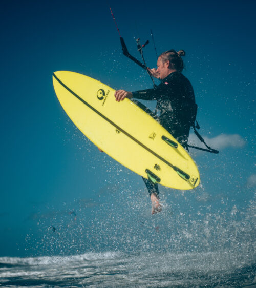 fins out kiteboard