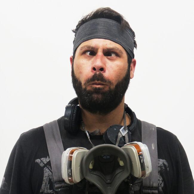 Miguel, crew member Appletree Surfboards