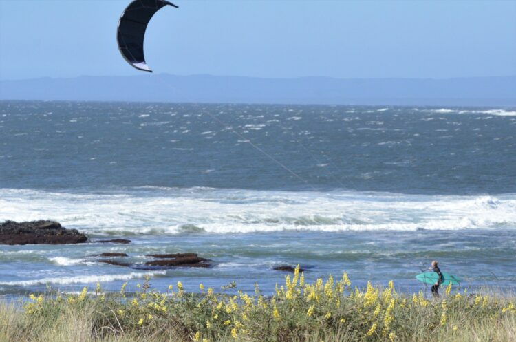 Evelien Bolle in Chile, wave kitesurfing