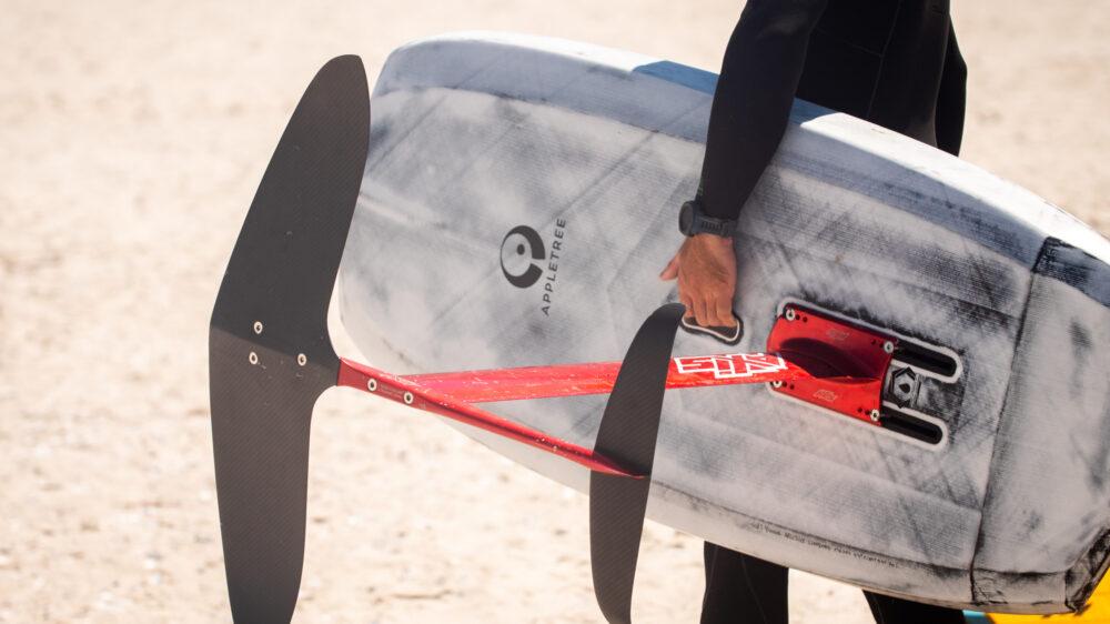 Luke mcgillewie grab handle wing board