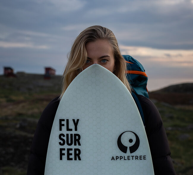 Appletree team rider Johanna-Catharina with her favourite kite board the Klokhouse Noseless