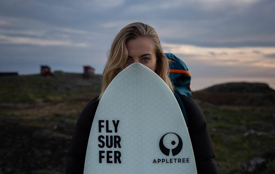 Appletree team rider Johanna-Catharina with her favourite kite board the Klokhouse Noseless